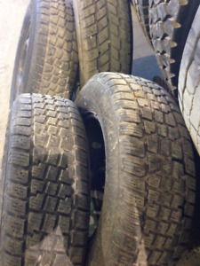 215/70R15 Snow tires and rims
