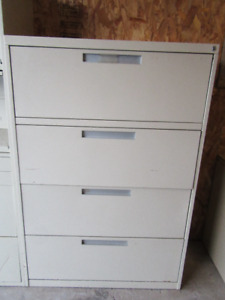 4 DRAWER LATERAL FILING CABINET $50