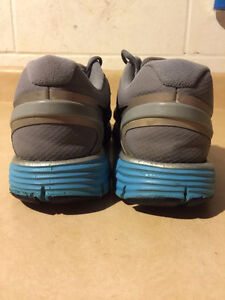 Women's Nike+ H20 Repel Linarglide 3 Running Shoes Size 9.5 London Ontario image 2
