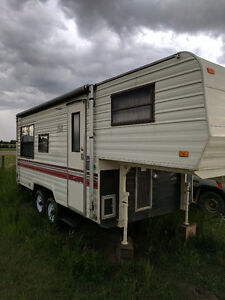 21.5' Terry Fifth Wheel Travel Trailer