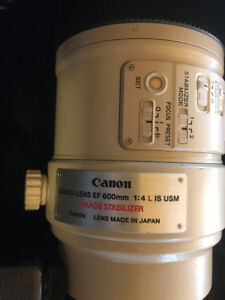 CANON  600 mm 1:4. l IS USM lens