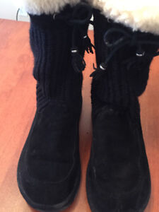 UGG boots for women - size 10