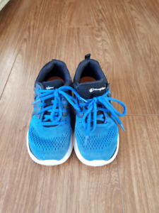 Toddler size 13 running shoes