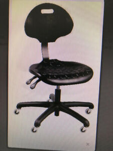 ADJUSTABLE CHAIRS WITH WHEELS (BRAND NEW)