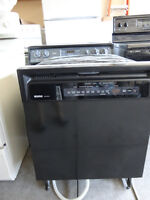 Kenmore Dishwasher in Very Good Conditions.