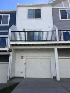 ***REDUCED***Cochrane Brand New Townhouse For Rent