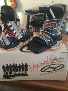 HYPERLITE BLINDSIDE WAKEBOARD BOOTS (rare) Peterborough Peterborough Area image 1