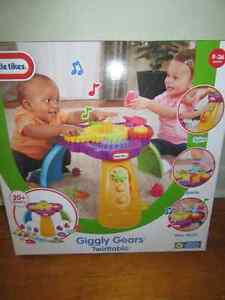 Little Tikes Giggly Gears Activity Table