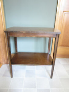 Side / Occasional Table