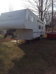 2001  trail lite 5th wheel