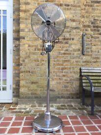 Pedestal fan FREvD