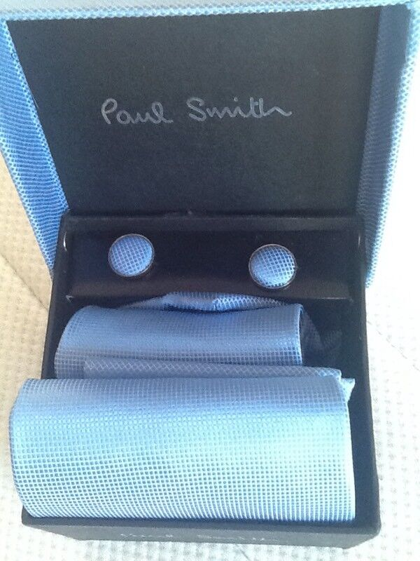 Brand New Paul Smith Tie cufflinks and top pocket square boxed