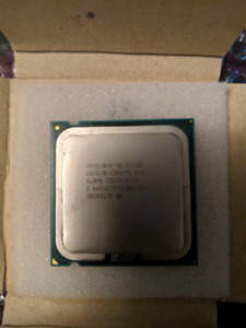 Intel Core 2 Duo e7300 with stock cooler