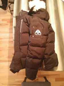 Canada Goose down outlet shop - La Parka | Buy & Sell Items, Tickets or Tech in Canada | Kijiji ...