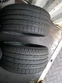Alventi zeta 275 35 20 runflat tyres x2 bmw X5