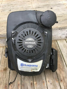 6HP Honda Vertical Shaft Small Engine - Asking $100