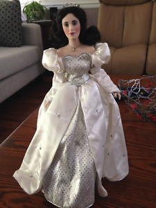 Franklin Mint Heritage Doll 1988 - Gorgeous!