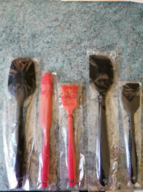 Baking spatula set, brand new