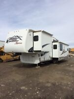 2007 37ft holiday trailer