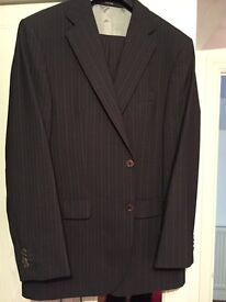 Genuine Feraud Black Pinstripe 40R suit