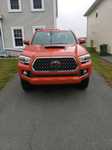 2018 Toyota Tacoma TRD Sport - Lease Takeover