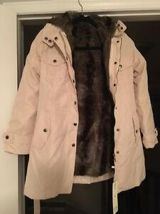 Lady's Winter Jacket (Beige+Medium*) Kitchener / Waterloo Kitchener Area image 3