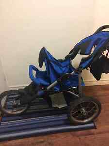 3 tire jogging stroller London Ontario image 1