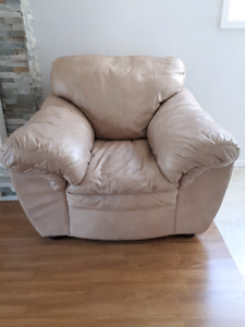 New Italian Leather Chair