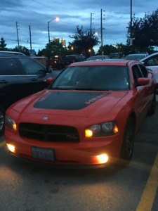 2006 dodge charger r/t Daytona  3200$ trade 4 Monte Carlo 80's