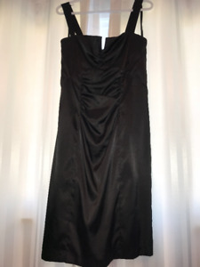 Le Chateau Black Dress Size XL (Used)