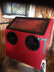 LIKE NEW Sandblaster Cabinet $150 CALLS ONLY NO TEXT