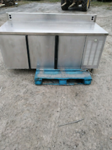 Ultimate work bench and shop beer fridge $300