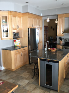 Full Kitchen, Cabinets and Coutertops - U-Shaped