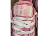 Baby pink converse size 4! Used twice