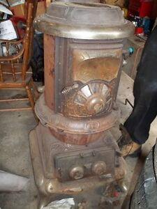 antique galt on wood stove no. 16
