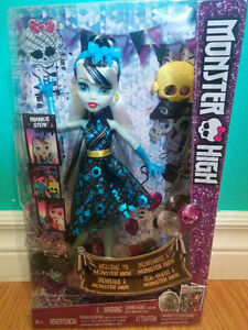 Welcome to Monster High Fankie Dance the Fright Away