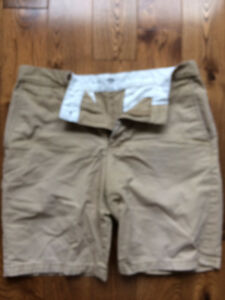 Four pair of Old Navy shorts Sizes 31 and 32