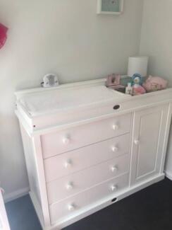 Boori Change Top With Drawers Cupboard