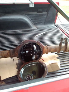02 chev 1500 rear end