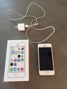 iPhone 5S - 16GB - Bell - White/Silver