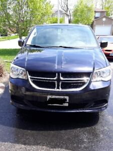 Certified 2011 Dodge Caravan, 125000 Km. New brakes.