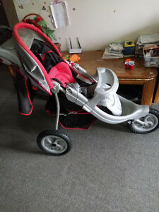 Graco jogger stroller Kitchener / Waterloo Kitchener Area image 2