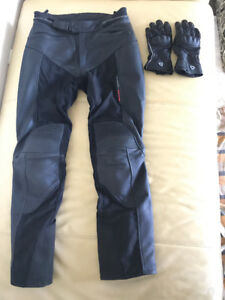 Like-new Revit Women's leather riding pants and gloves