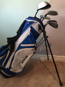 Junior Golf Clubs and Bag (Right Handed)