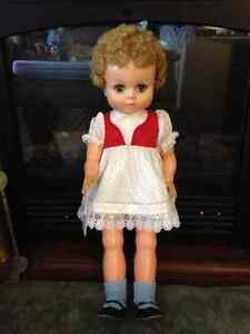 "23"" Star Doll - Made in Canada circa 1962 London Ontario image 2"