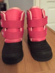 Toddler winter boots size 7 West Island Greater Montréal image 1
