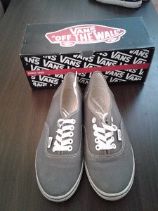 Vans Shoes Grey Womens Size 7 Used and Good Condition