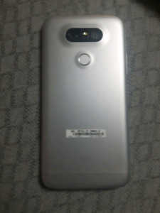 LG G5 like new WITH RECIET!!
