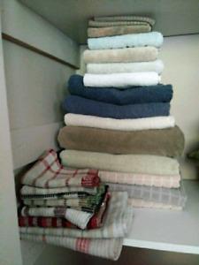 MOVING SALE! BATH, HAND, FACE + KITCHEN TOWELS LOT SALE $25