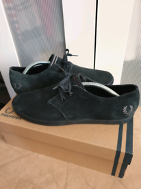 Fred Perry byron low suede shoes